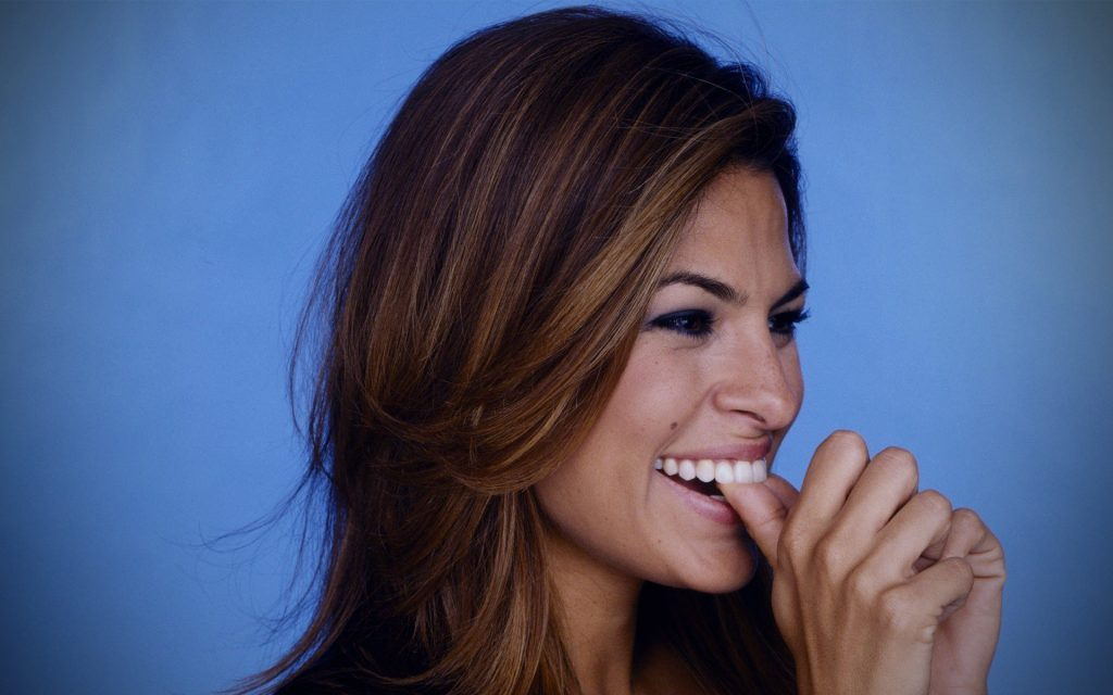 happy eva mendes wallpapers