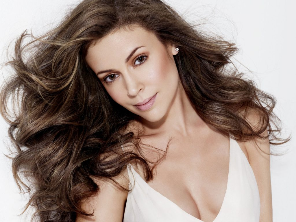 hot alyssa milano wallpapers