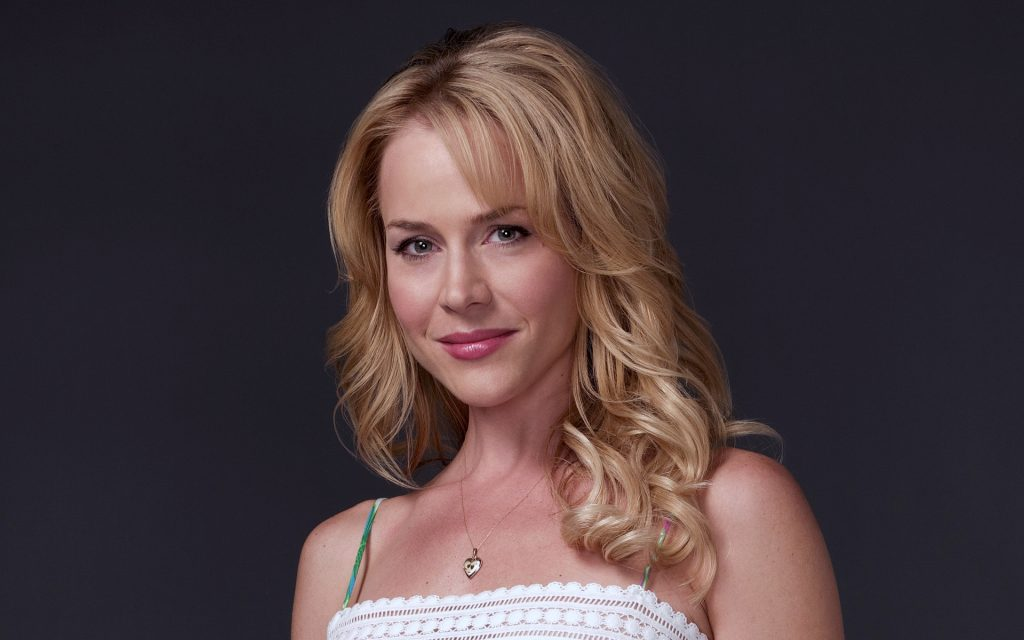 julie benz desktop wallpapers