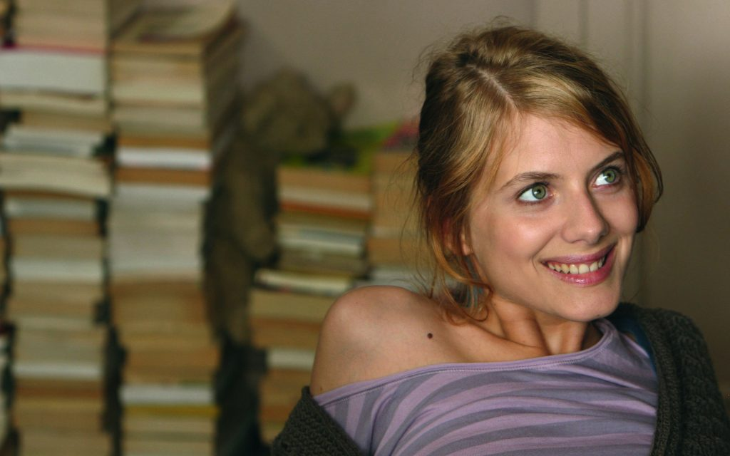 melanie laurent smile widescreen wallpapers