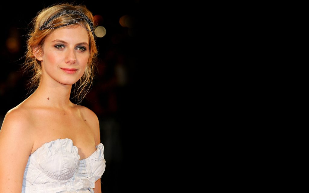 melanie laurent background wallpapers