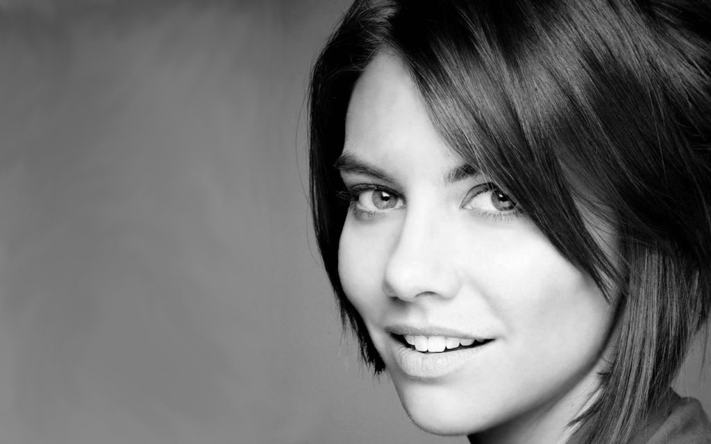 monochrome lauren cohan face wallpapers