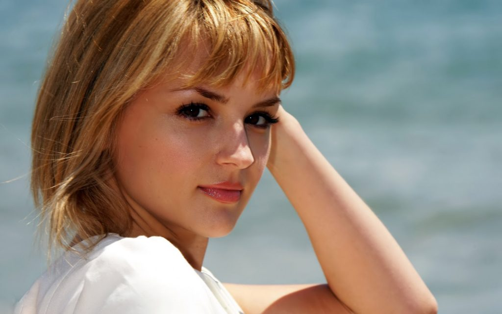rachael leigh cook wallpapers