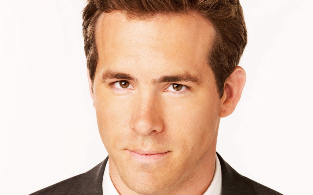 ryan reynolds face widescreen wallpapers
