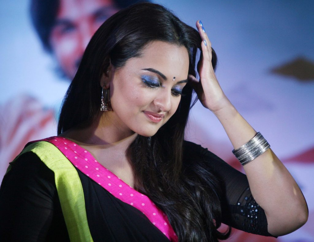 sonakshi sinha celebrity photos wallpapers
