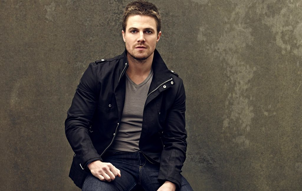 stephen amell wide wallpapers