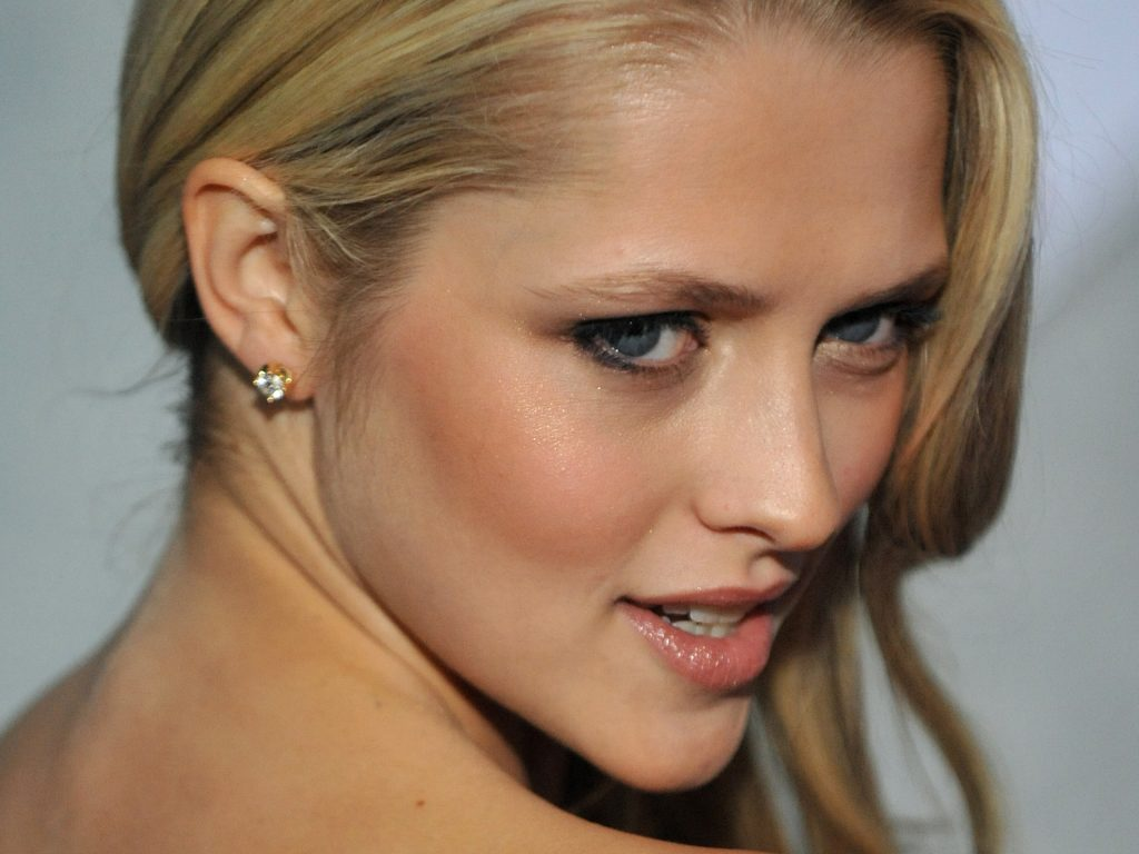 teresa palmer makeup wallpapers