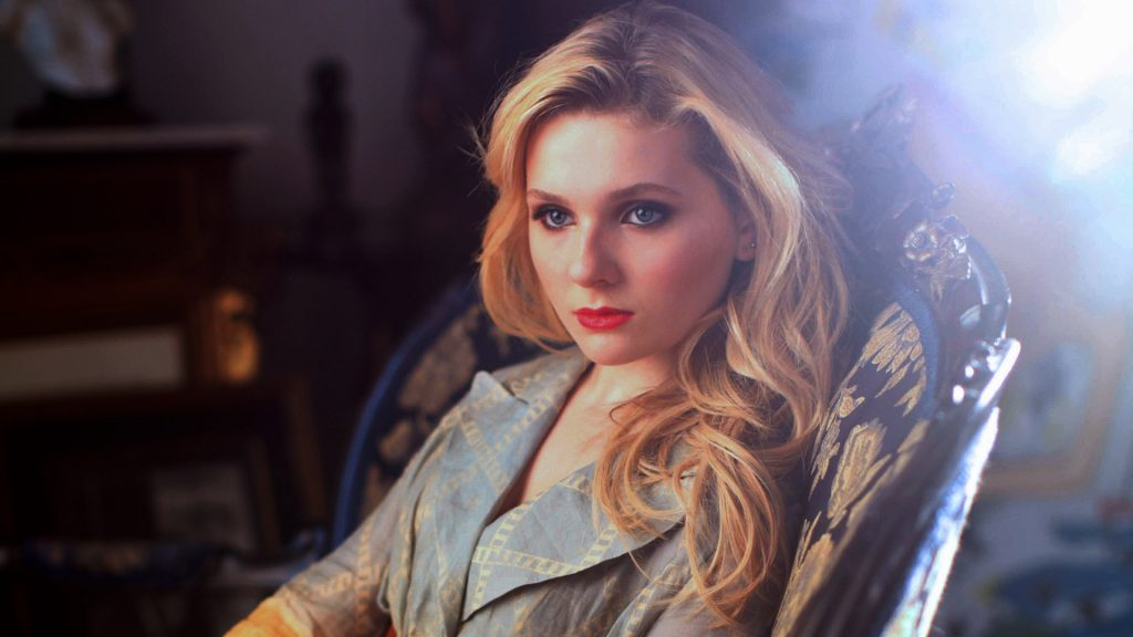 abigail breslin makeup wallpapers
