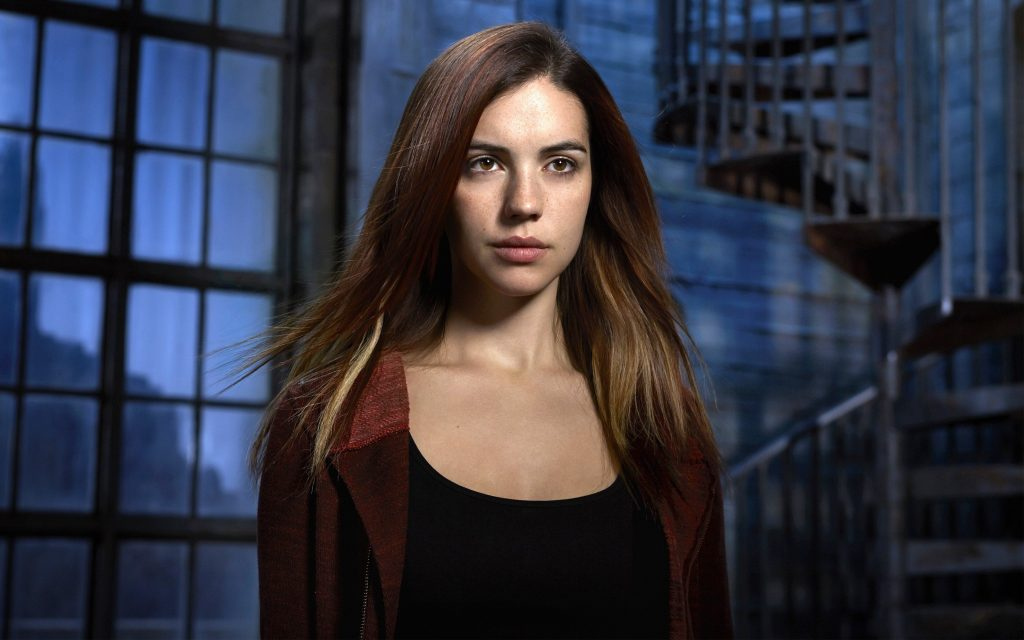 adelaide kane widescreen wallpapers