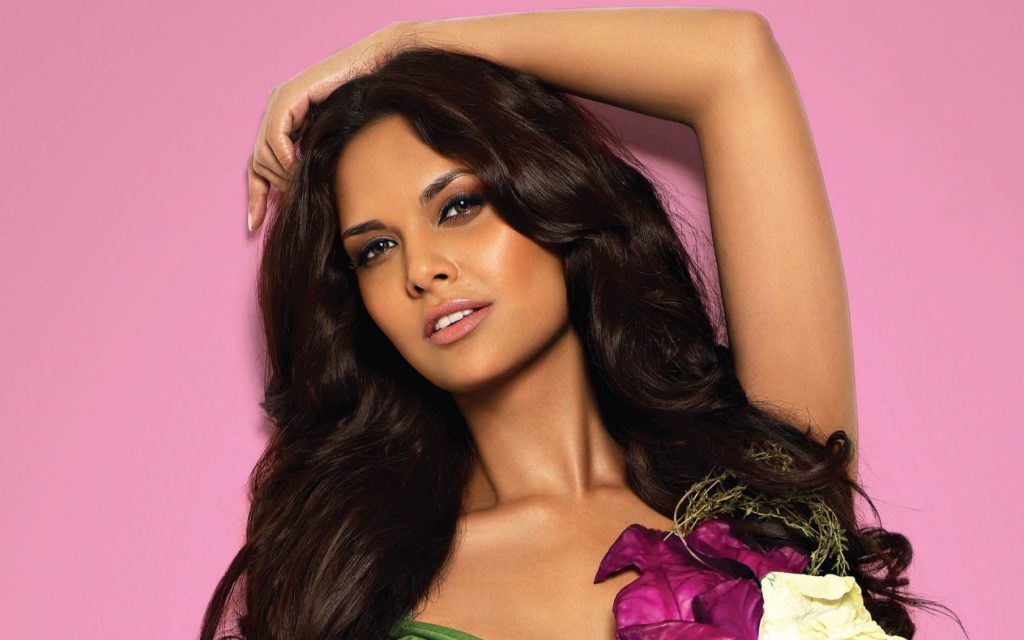 esha gupta computer wallpapers