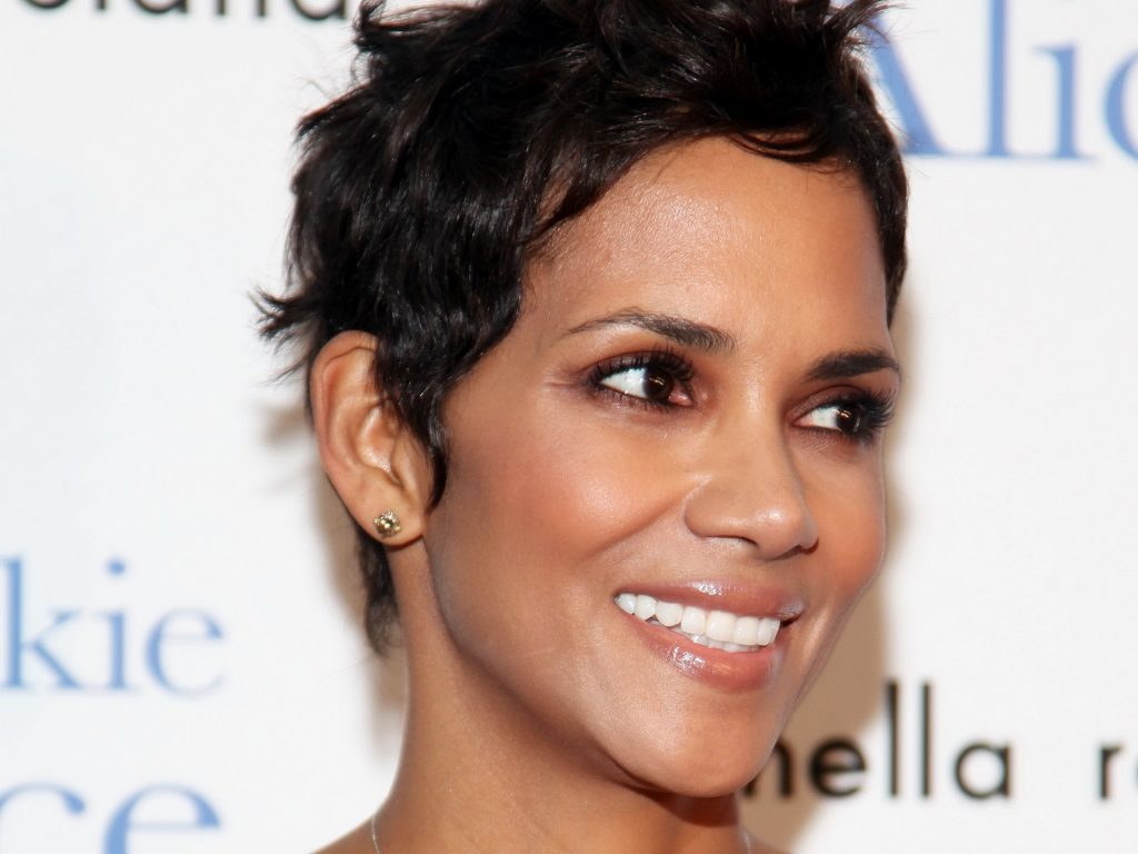 halle berry pictures wallpapers