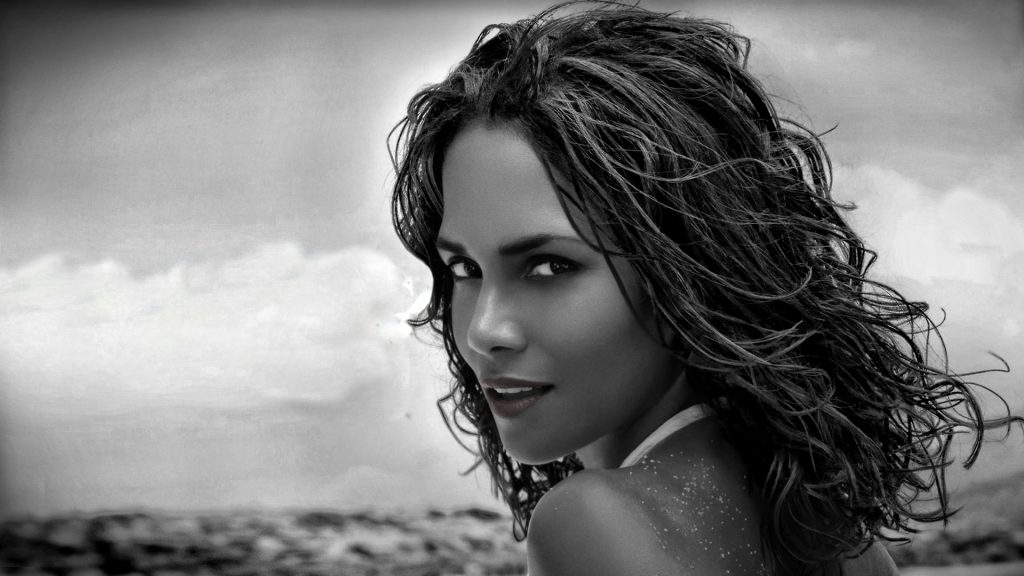 monochrome halle berry wallpapers