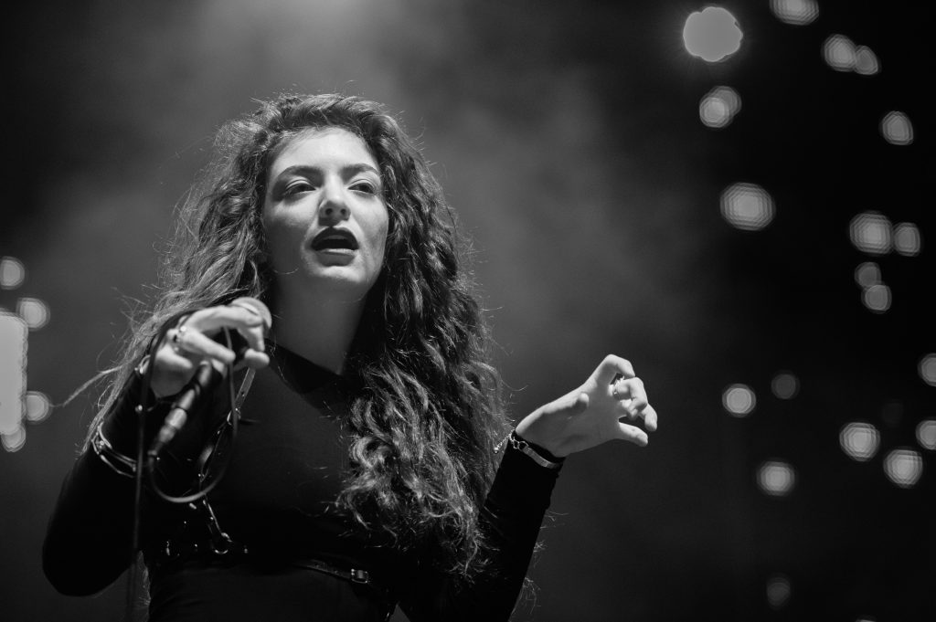 monochrome lorde widescreen wallpapers