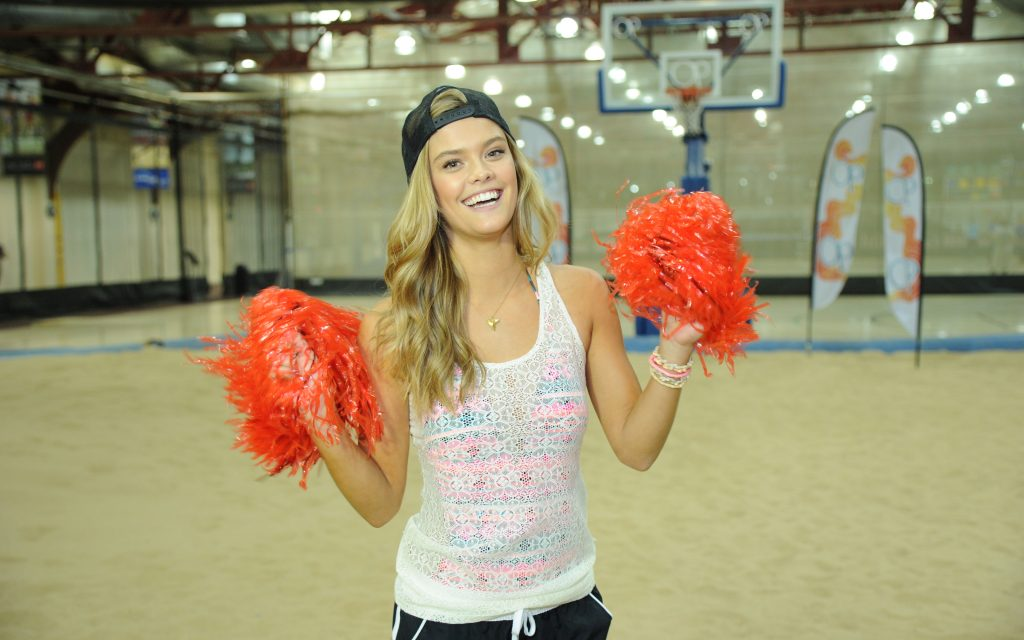 nina agdal widescreen pictures wallpapers
