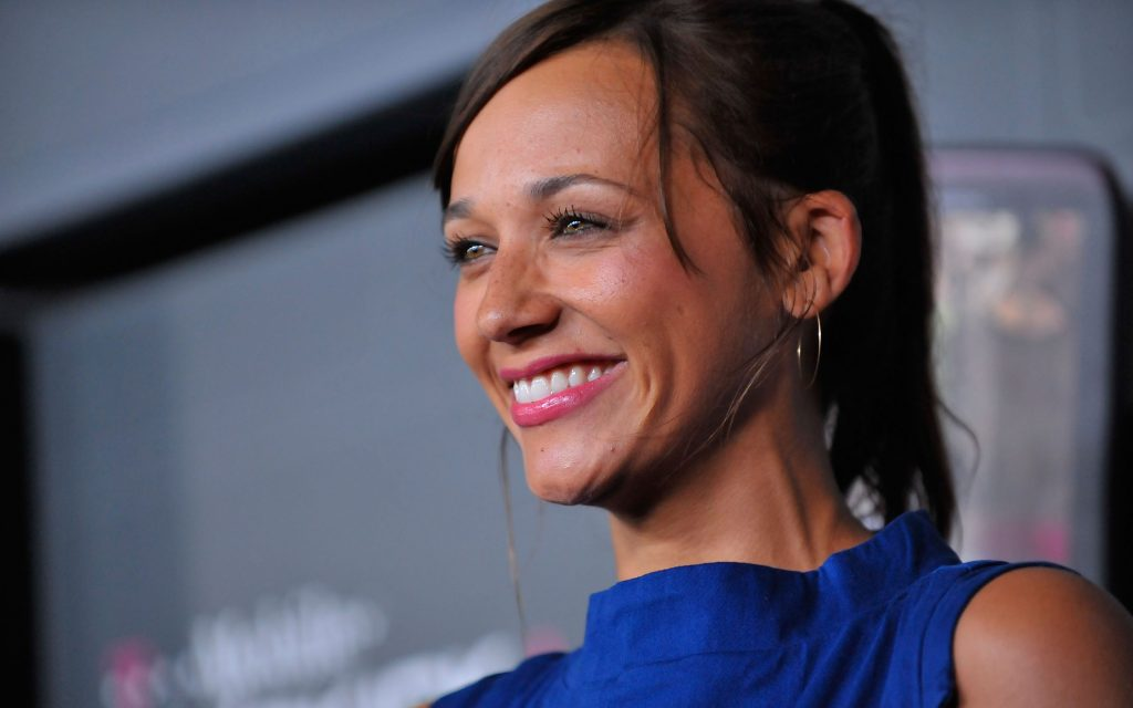 rashida jones smile hd wallpapers
