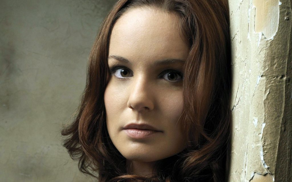 sarah wayne callies actress wallpapers