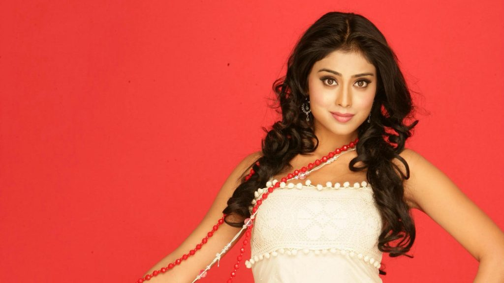 shriya saran desktop wallpapers