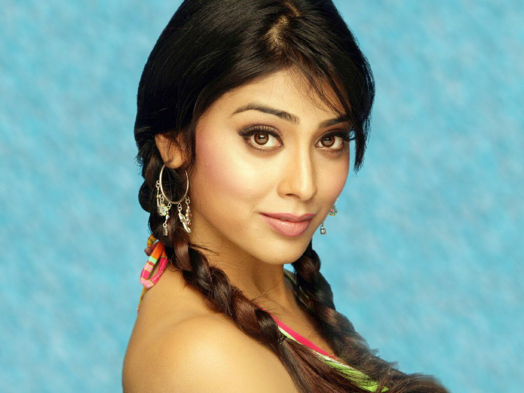 shriya saran pictures wallpapers
