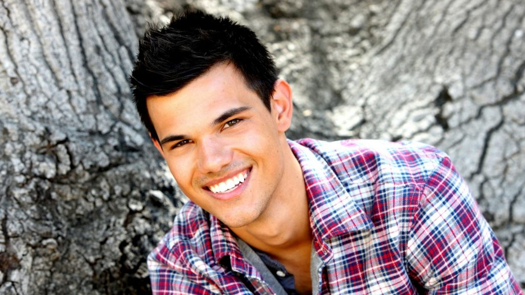 taylor lautner widescreen wallpapers