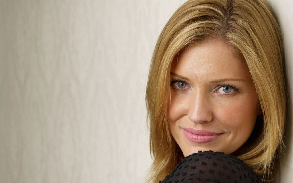 tricia helfer wallpapers