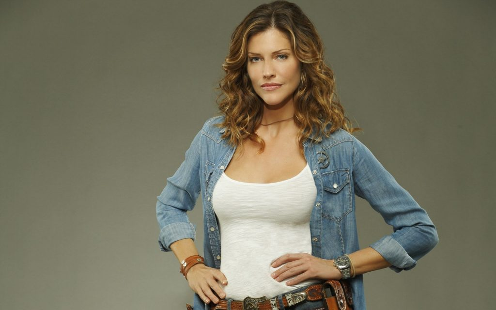 tricia helfer actress wallpapers
