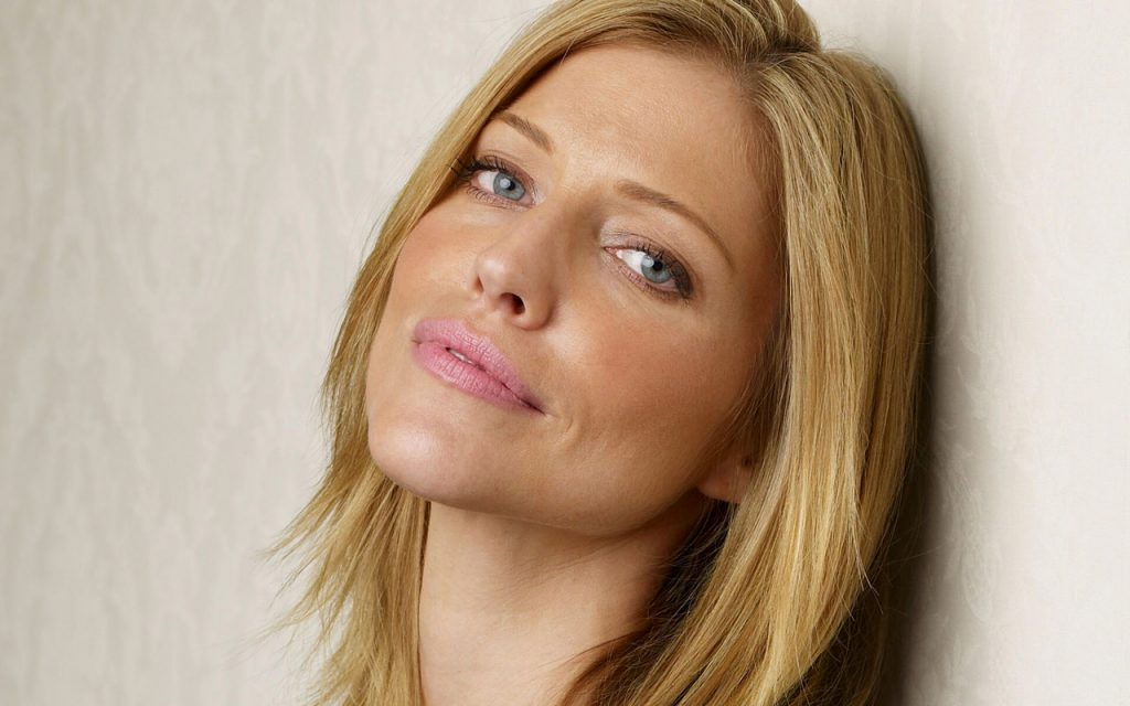 tricia helfer pictures wallpapers