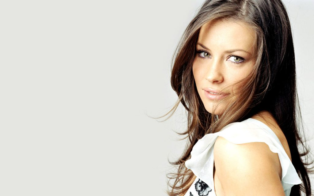 beautiful evangeline lilly wallpapers
