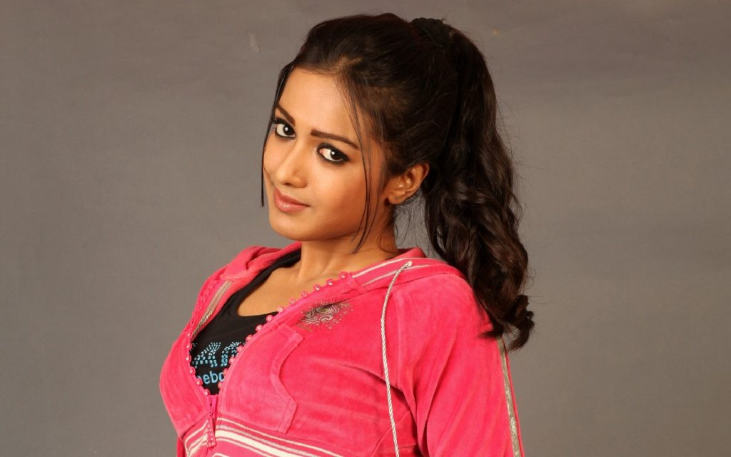 catherine tresa desktop wallpapers