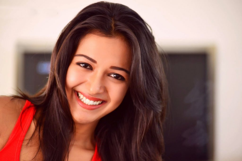 catherine tresa smile pictures wallpapers