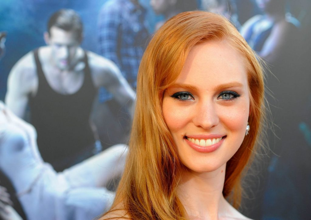 deborah ann woll smile photos wallpapers