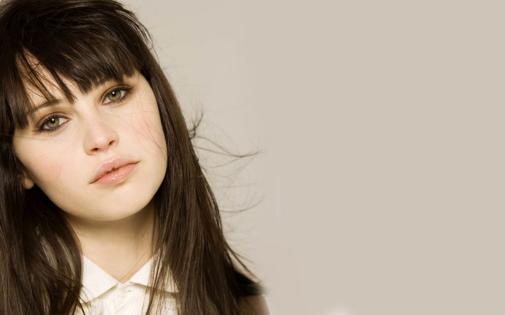 felicity jones widescreen wallpapers