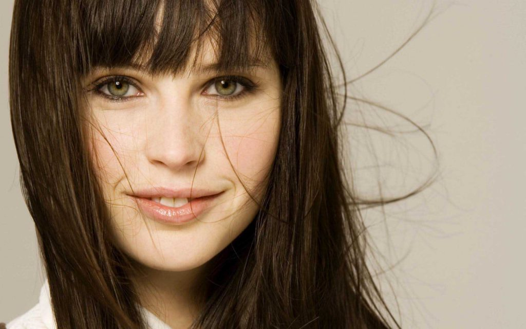 hot felicity jones wallpapers