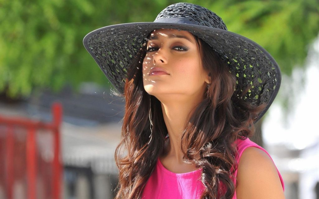 ileana dcruz hat wallpapers
