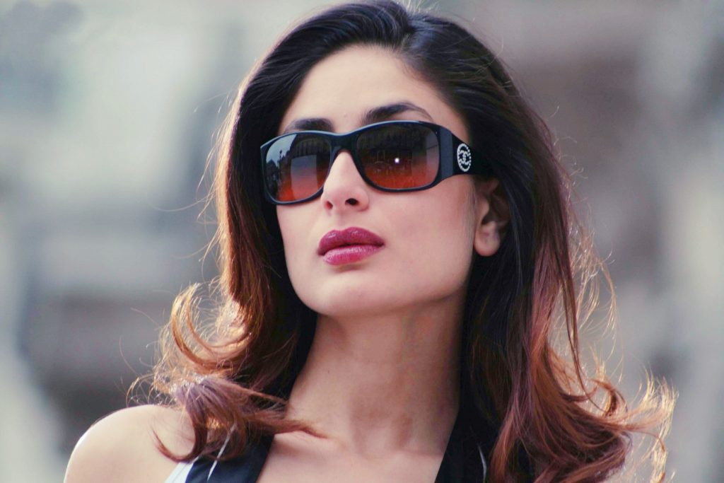 kareena kapoor glasses wallpapers