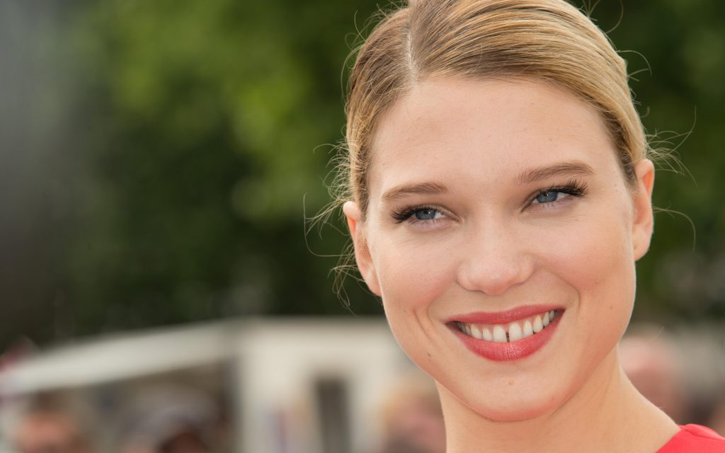 lea seydoux smile widescreen wallpapers