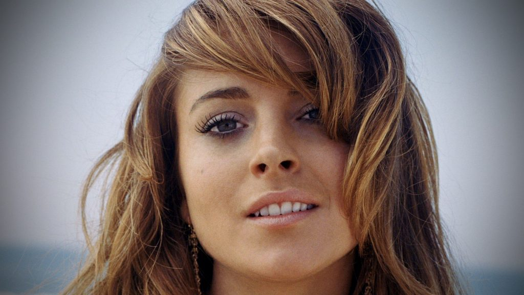 lindsay lohan face widescreen wallpapers