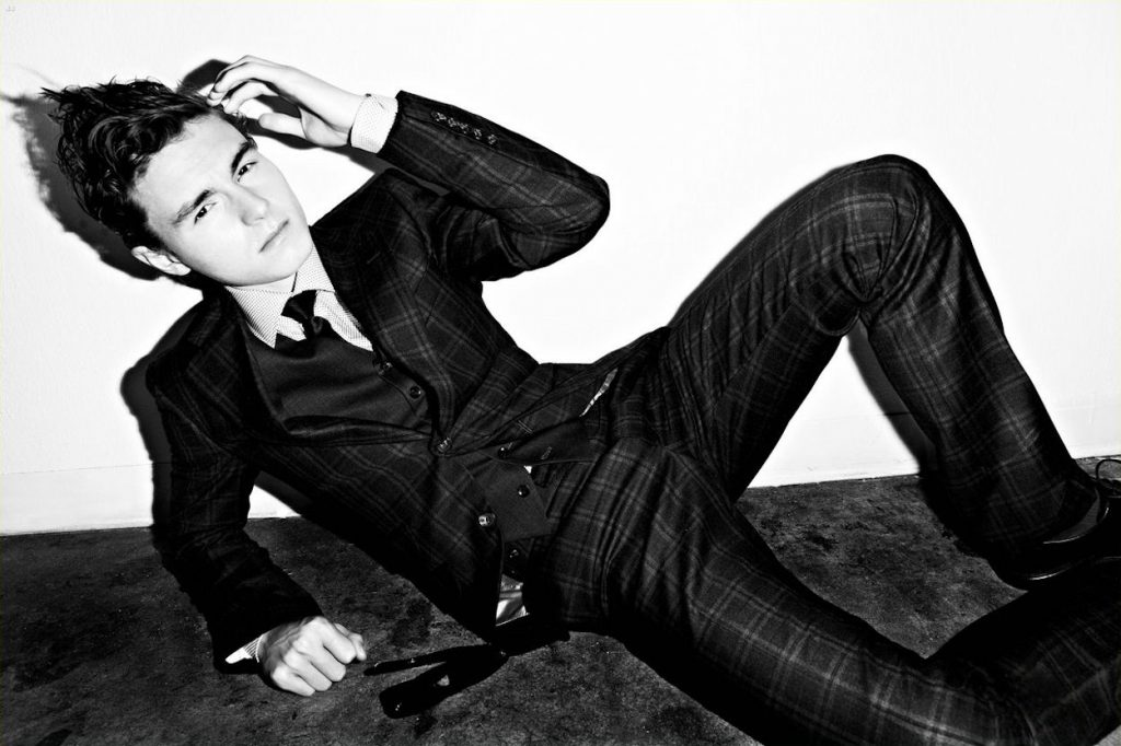 monochrome callan mcauliffe wallpapers