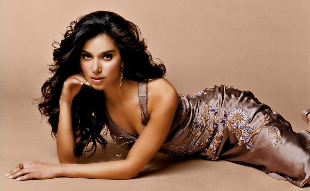 roselyn sanchez desktop wallpapers