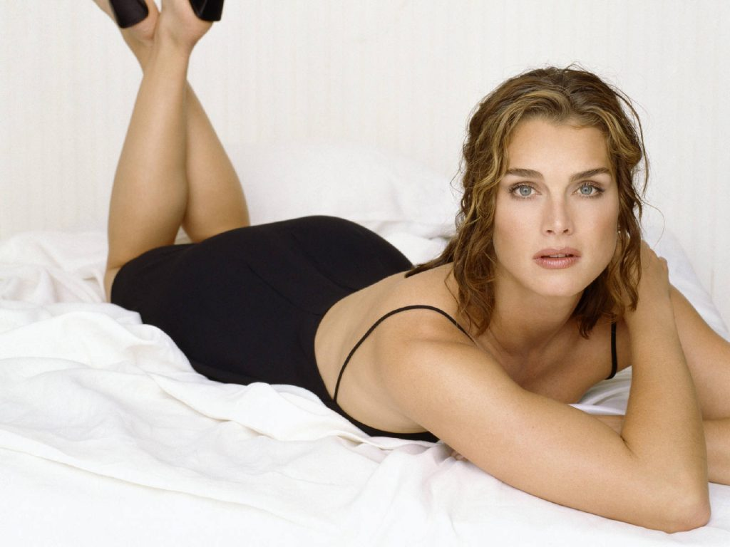 sexy brooke shields wallpapers
