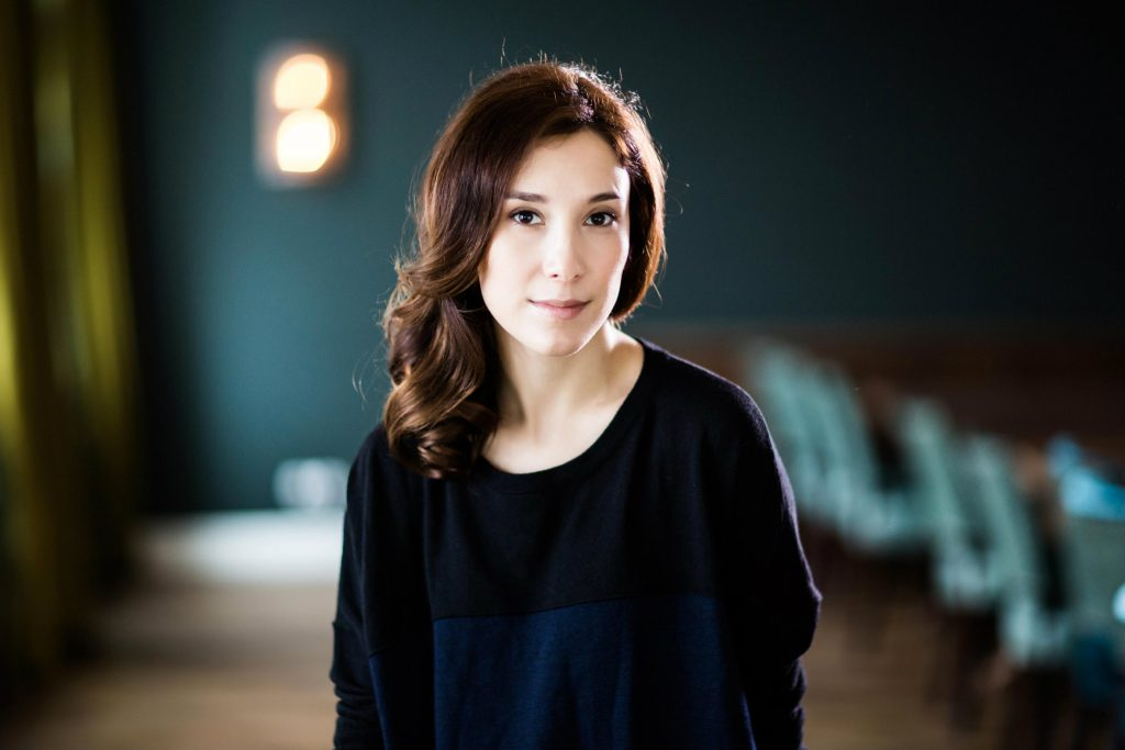 sibel kekilli widescreen hd wallpapers