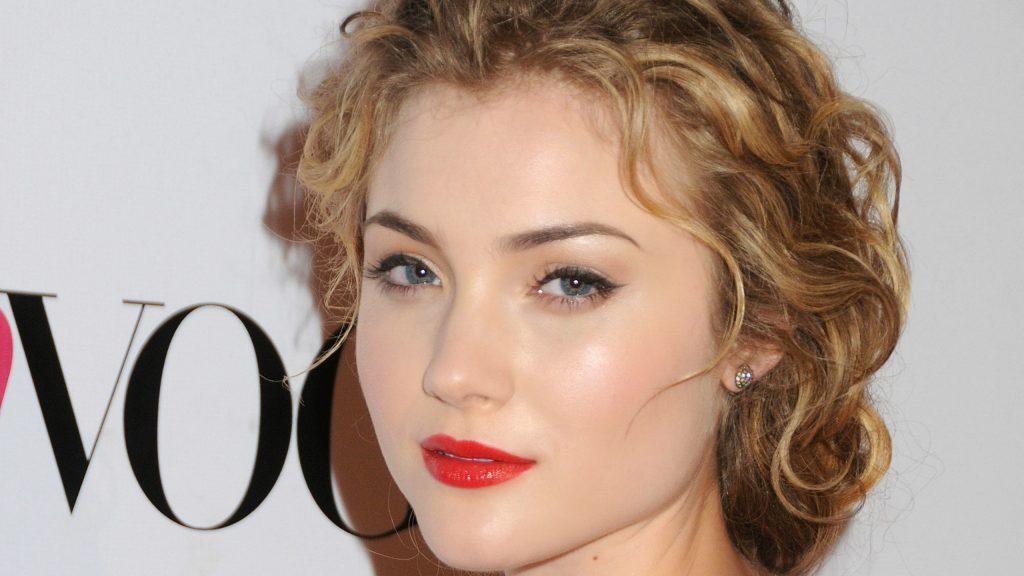 Skyler Samuels Wallpapers