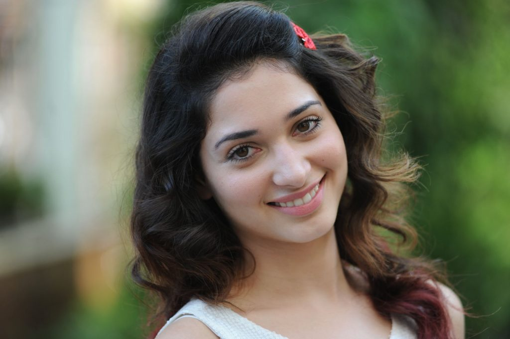 tamannaah bhatia smile wallpapers