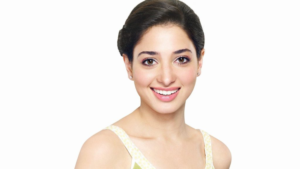 tamannaah bhatia smile background wallpapers