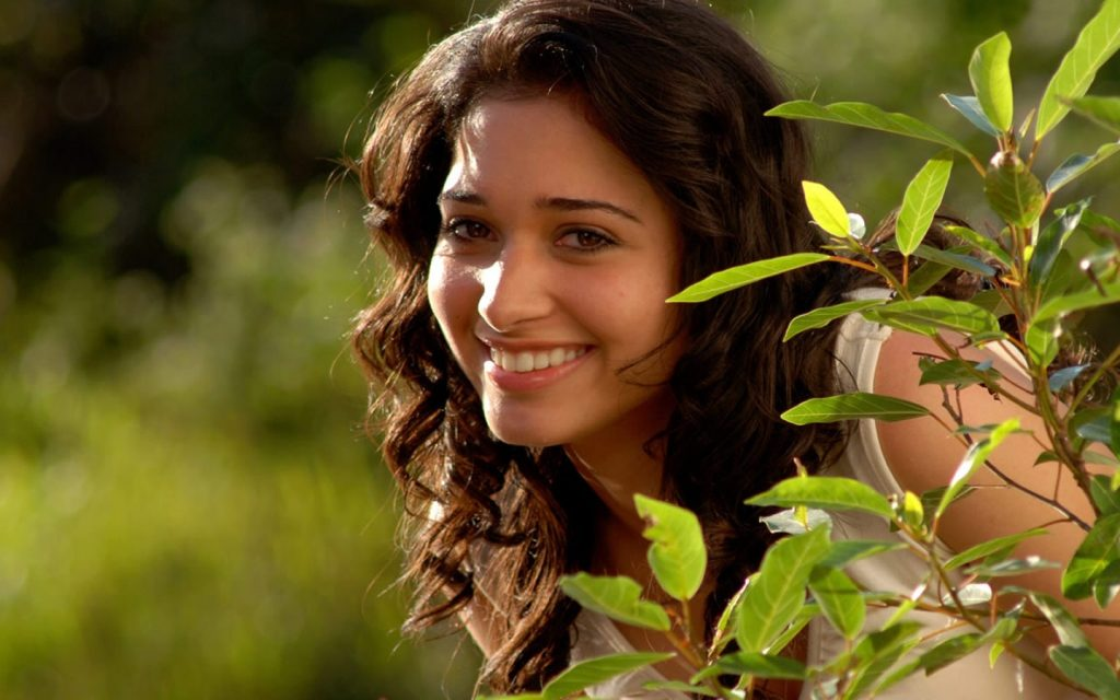 tamannaah bhatia smile pictures wallpapers