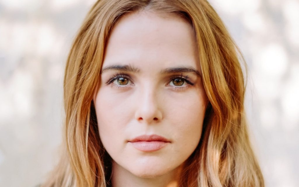 zoey deutch face wallpapers