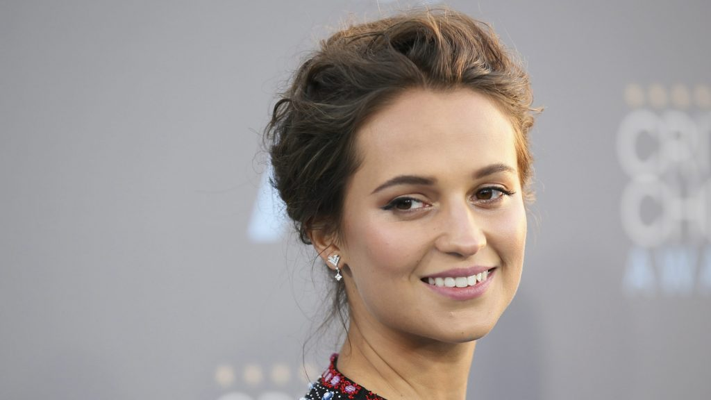 alicia vikander smile wallpapers