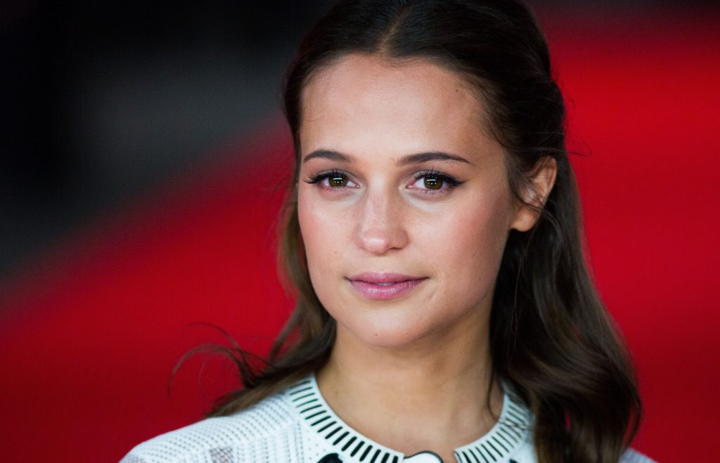 alicia vikander background wallpapers