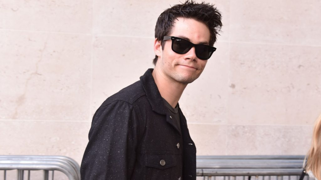 dylan o'brien glasses wallpapers
