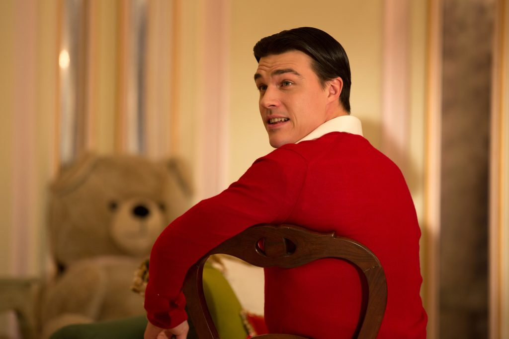 finn wittrock widescreen hd wallpapers