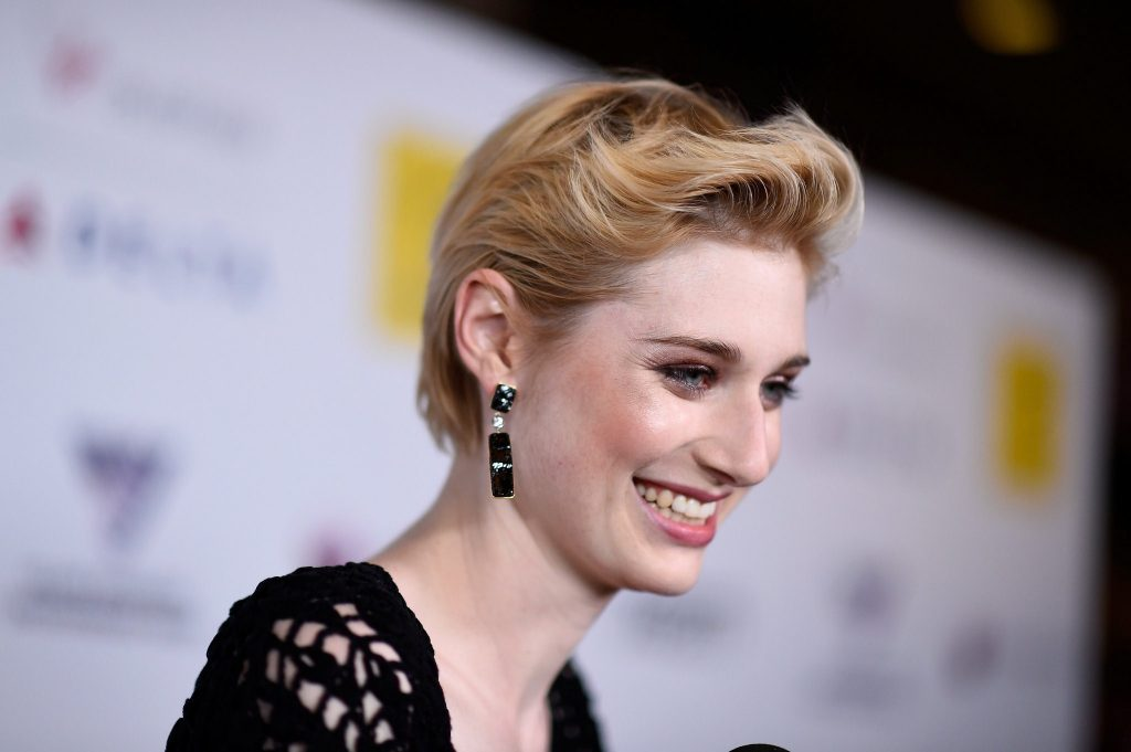 happy-elizabeth debicki wallpapers